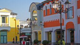 Outlet, shopping village del centro Italia